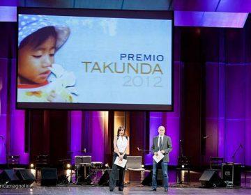 Premio Takunda 2012 - Cristina Parodi e Claudio Bisio presentano la serata Premio Takunda 2012