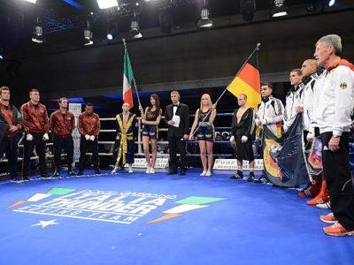 Teams on the ring - Italia Thunder vs German Eagles